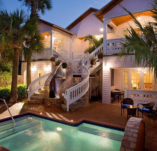 Port d'Hiver Melbourne Beach, Florida bed and breakfast pool in the evening.
